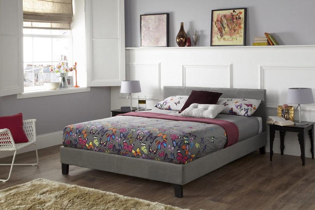 Evelyn Bedstead In Steal